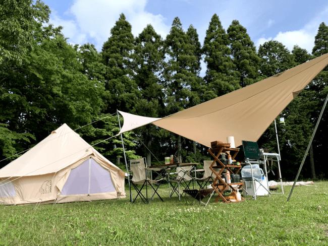 サービスで提供されるキャンプの様子